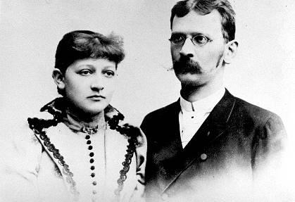 Rodzice poety, Zofia z Lubowidzkich i Antoni Broniewscy